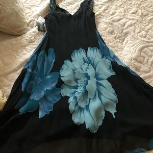 Blue/Black Sleeveless Evening Dress